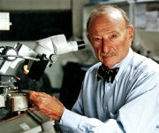 kulite dr.kurtz next to microscope